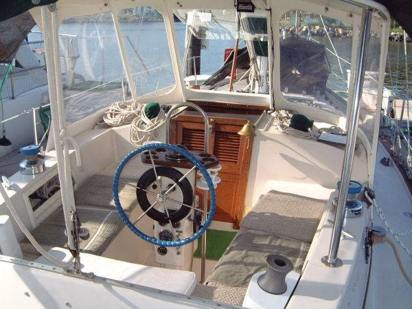 Click image for larger version  Name:Irwin37MkV-Cockpit.jpg Views:150 Size:54.3 KB ID:7054