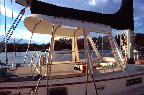 Click image for larger version  Name:Center cockpit hardtop2.jpg Views:137 Size:44.6 KB ID:70818