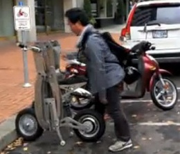 Click image for larger version  Name:Folding Electric scooter3.jpg Views:97 Size:20.1 KB ID:71469