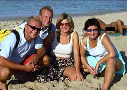 Click image for larger version  Name:Family Picture.jpg Views:425 Size:93.1 KB ID:71748