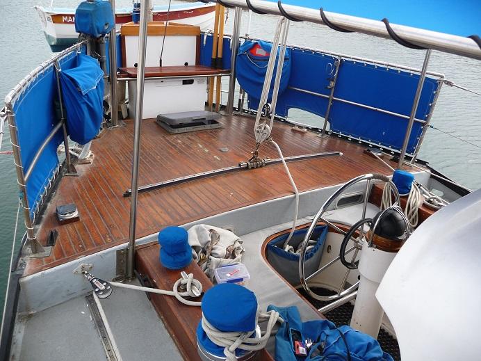 Click image for larger version  Name:cockpit2.jpg Views:91 Size:189.6 KB ID:72455