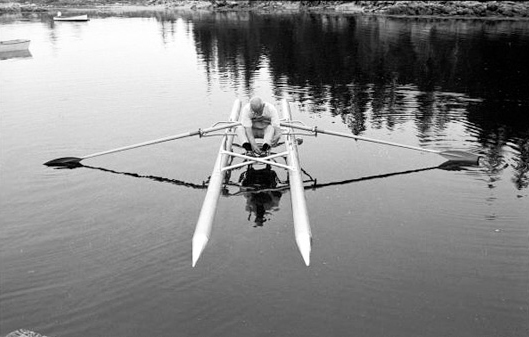 Click image for larger version  Name:john-loengard-buckminster-fuller-rowing-needle-1971.jpg Views:268 Size:89.2 KB ID:75604