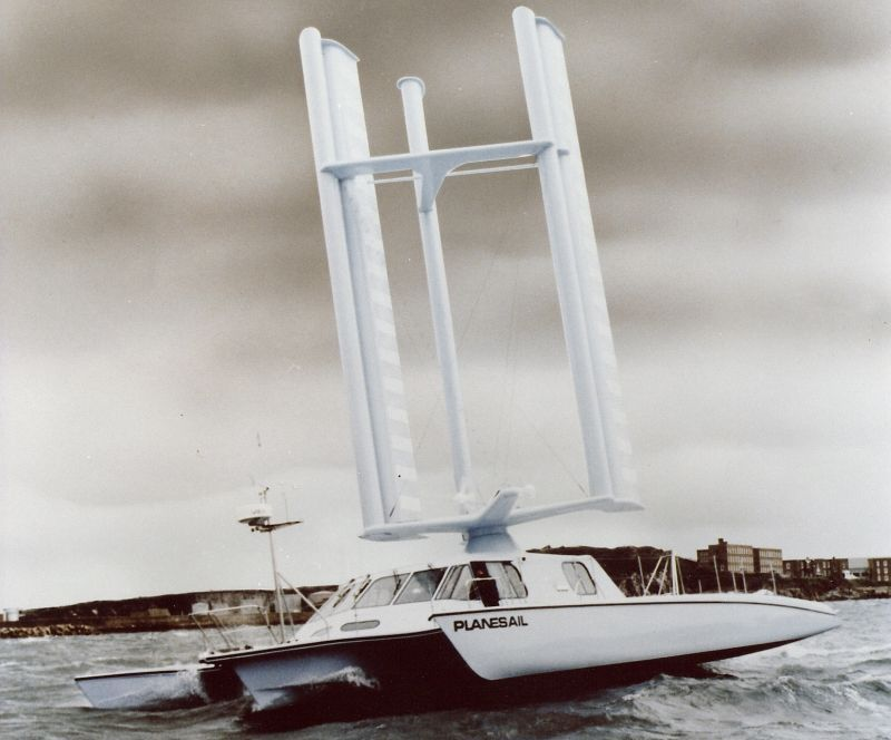 Click image for larger version  Name:1991FlyingAhull800.jpg Views:368 Size:55.9 KB ID:76423