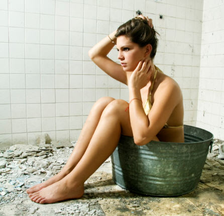 Click image for larger version  Name:bucket girl.jpg Views:61 Size:36.5 KB ID:77359