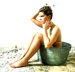 Click image for larger version  Name:bucket girl.jpg Views:80 Size:36.5 KB ID:77359