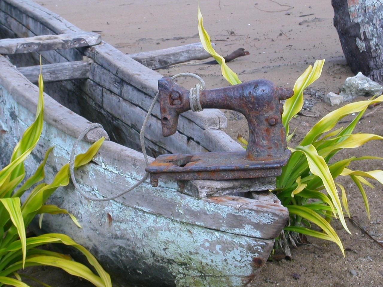 Click image for larger version  Name:improvised anchor (Vanuatu).jpg Views:177 Size:303.2 KB ID:77586