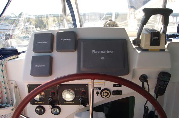 Click image for larger version  Name:51-cockpit.jpg Views:175 Size:78.1 KB ID:80272