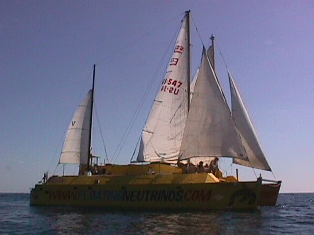 Click image for larger version  Name:cat under sail 3.jpg Views:98 Size:36.1 KB ID:8077