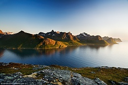 Click image for larger version  Name:2009-Polar-Norway-11.jpg Views:111 Size:185.1 KB ID:81280