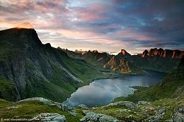 Click image for larger version  Name:Lofoten-2012-2.jpg Views:123 Size:196.0 KB ID:81281