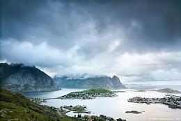 Click image for larger version  Name:Lofoten-2012-1.jpg Views:126 Size:124.8 KB ID:81283