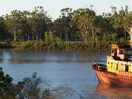 Click image for larger version  Name:fitzroy river 1.jpg Views:296 Size:113.7 KB ID:814