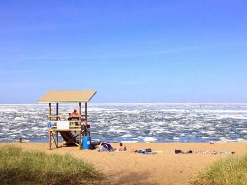 Click image for larger version  Name:27 MAY 2014 MARQUETTE BEACH 1.jpg Views:89 Size:25.9 KB ID:81998