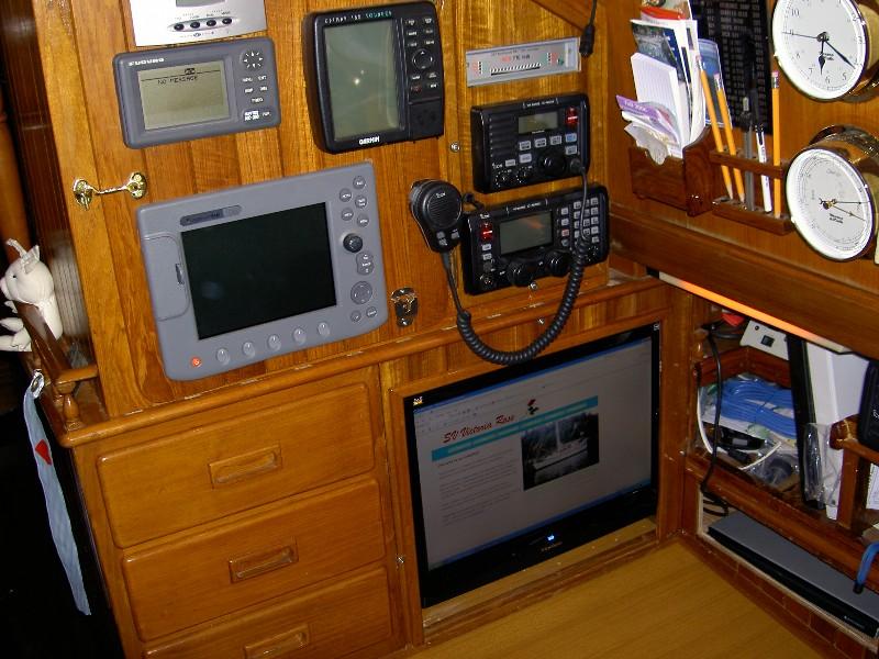 Click image for larger version  Name:Nav Station Electronics.jpg Views:385 Size:157.2 KB ID:8485