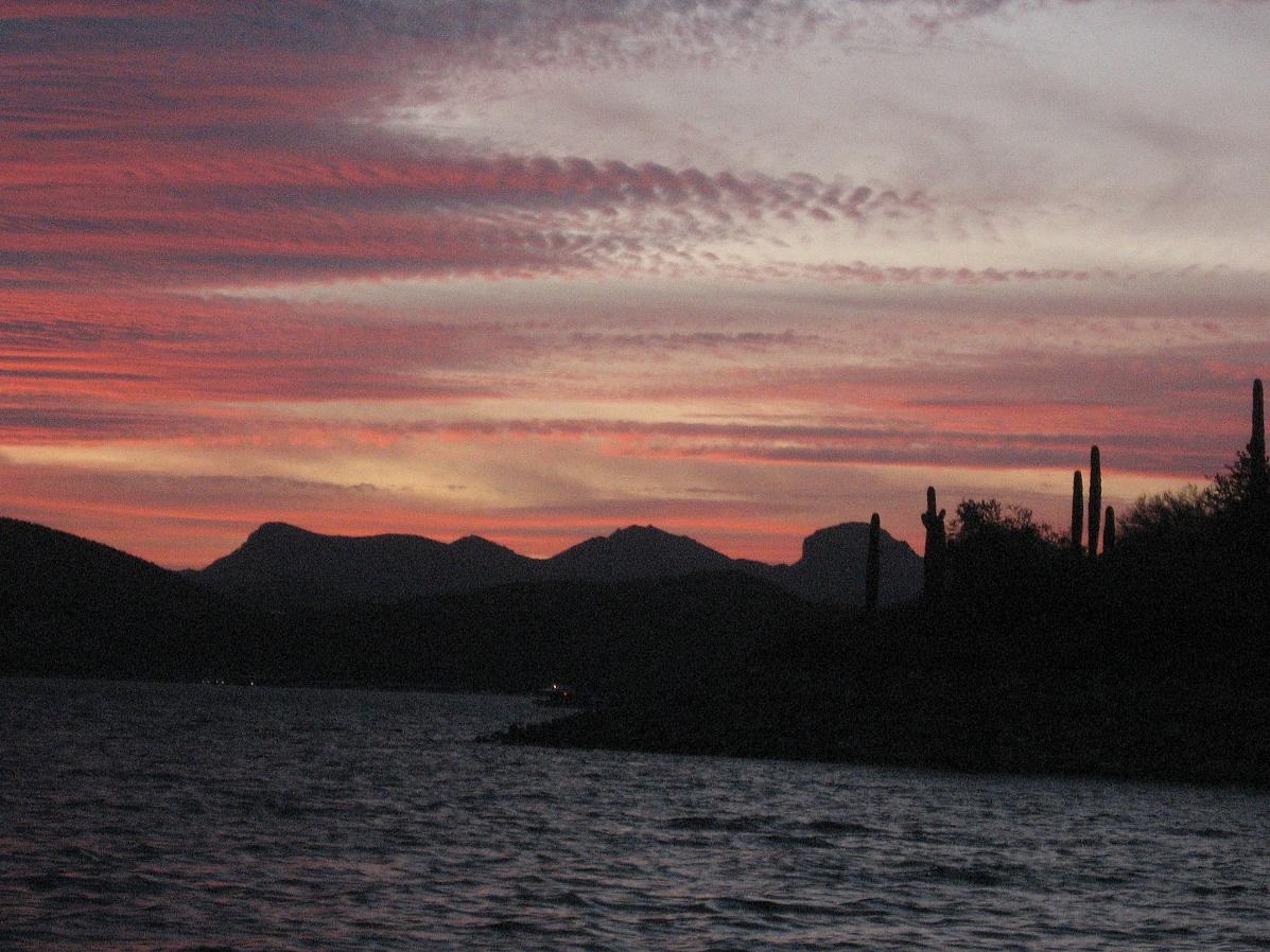 Click image for larger version  Name:AZ Lake Pleasant sunst 1.jpg Views:89 Size:490.7 KB ID:8531