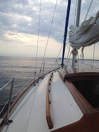 Click image for larger version  Name:2014 port sheldon to muskegon bow shot.jpg Views:178 Size:412.4 KB ID:85549