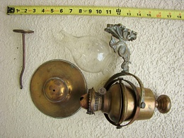 Click image for larger version  Name:oil lamps small file 002.JPG Views:205 Size:125.9 KB ID:85756