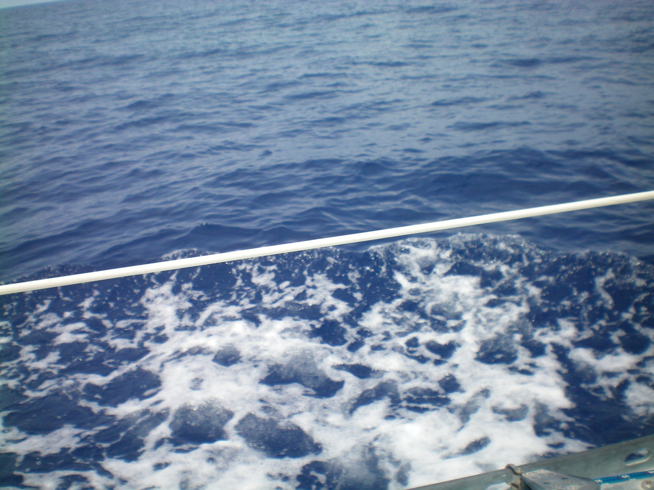 Click image for larger version  Name:blue water of atlantic.jpg Views:133 Size:416.7 KB ID:86117