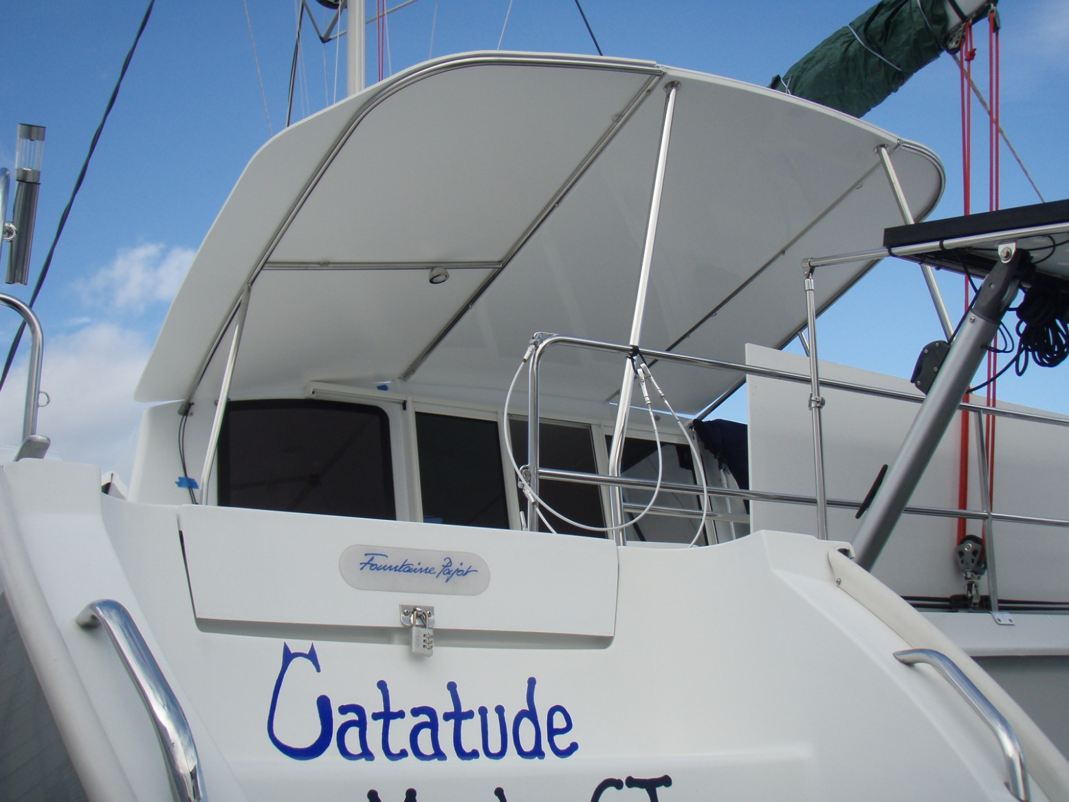 Click image for larger version  Name:Catatude hardtop.jpg Views:103 Size:393.9 KB ID:86157