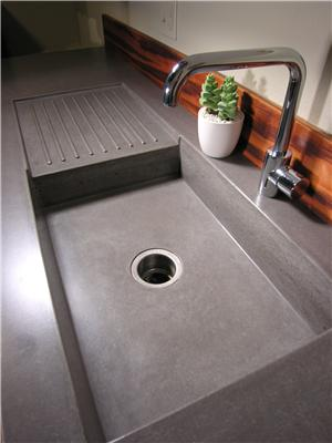Click image for larger version  Name:concrete-countertops-counters-counter-tops-pourfolio-custom-concrete_5520.jpg Views:184 Size:16.4 KB ID:86482
