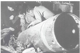 Click image for larger version  Name:610 mm mortar shell.jpg Views:276 Size:117.8 KB ID:88086