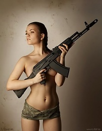 Click image for larger version  Name:sexy_ak47.jpg Views:230 Size:31.4 KB ID:88626