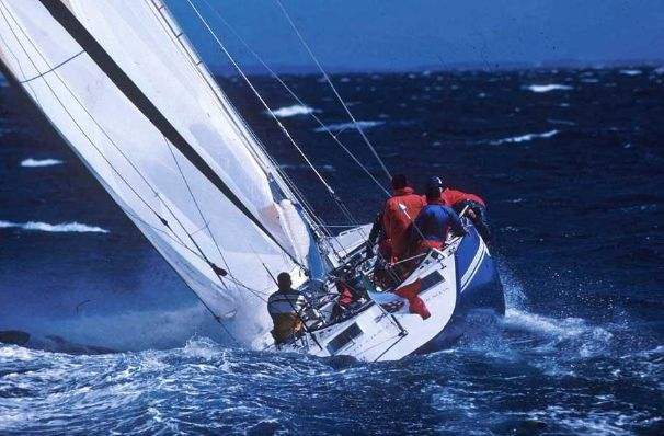 Click image for larger version  Name:Azzurra 1.jpg Views:334 Size:53.3 KB ID:89655