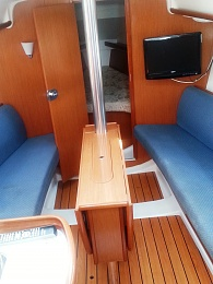 Click image for larger version  Name:Beneteau 5.jpg Views:257 Size:415.4 KB ID:89935