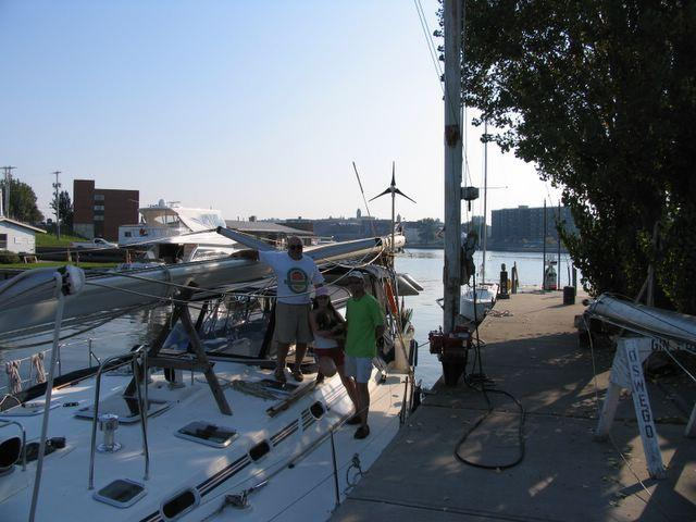Click image for larger version  Name:Mast on Deck 2.jpg Views:197 Size:51.9 KB ID:8995