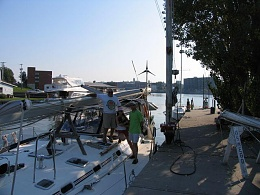 Click image for larger version  Name:Mast on Deck 2.jpg Views:222 Size:51.9 KB ID:8995