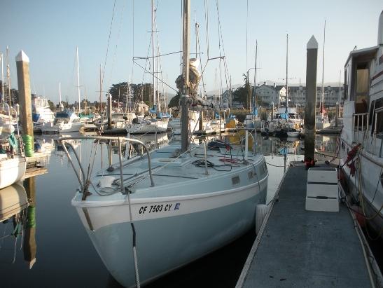 Click image for larger version  Name:HMB dock sm.jpg Views:285 Size:140.1 KB ID:9074
