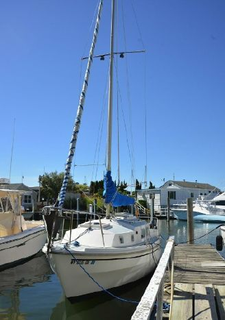 Click image for larger version  Name:Westerly Centaur 26 1977 1a.jpg Views:222 Size:27.2 KB ID:90885