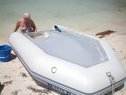 Click image for larger version  Name:dinghy.jpg Views:341 Size:27.3 KB ID:90942