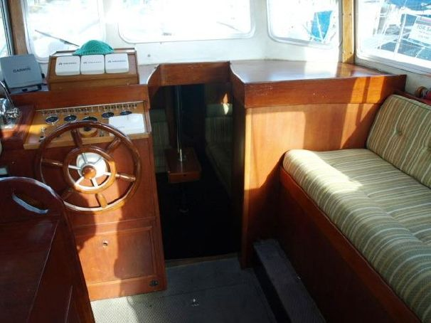 Click image for larger version  Name:Fisher 34MS 1979 $60K 8.jpg Views:252 Size:42.6 KB ID:91214