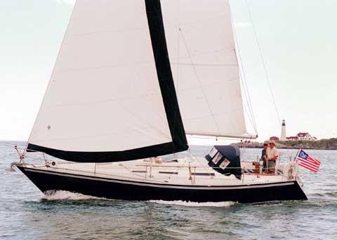 Click image for larger version  Name:Wauquiez Pretorian 35 Sailing 1.jpg Views:215 Size:17.1 KB ID:91230