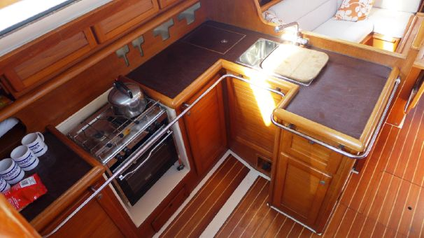 Click image for larger version  Name:Westerly Typhoon 37 1991 $71K 3 gal.jpg Views:149 Size:46.1 KB ID:91309
