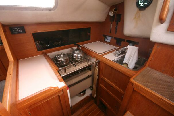 Click image for larger version  Name:Westerly Fulmar 31 1986 $52K 6 gal.jpg Views:145 Size:37.1 KB ID:91316