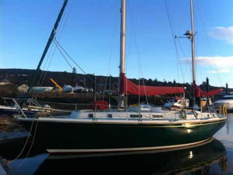 Click image for larger version  Name:Westerly Conway 36CC dock4.jpg Views:220 Size:26.0 KB ID:91355