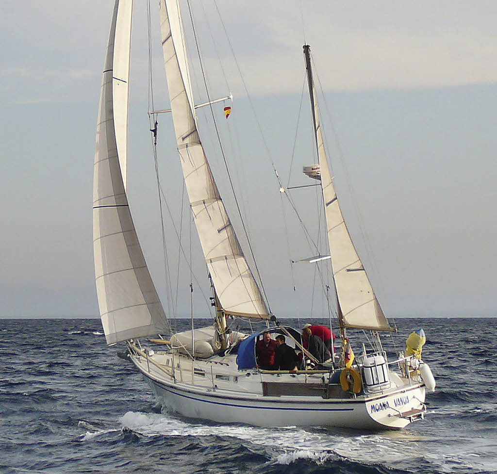 Click image for larger version  Name:Westerly Conway 36CC POSSIBLE.jpg Views:207 Size:128.7 KB ID:91356