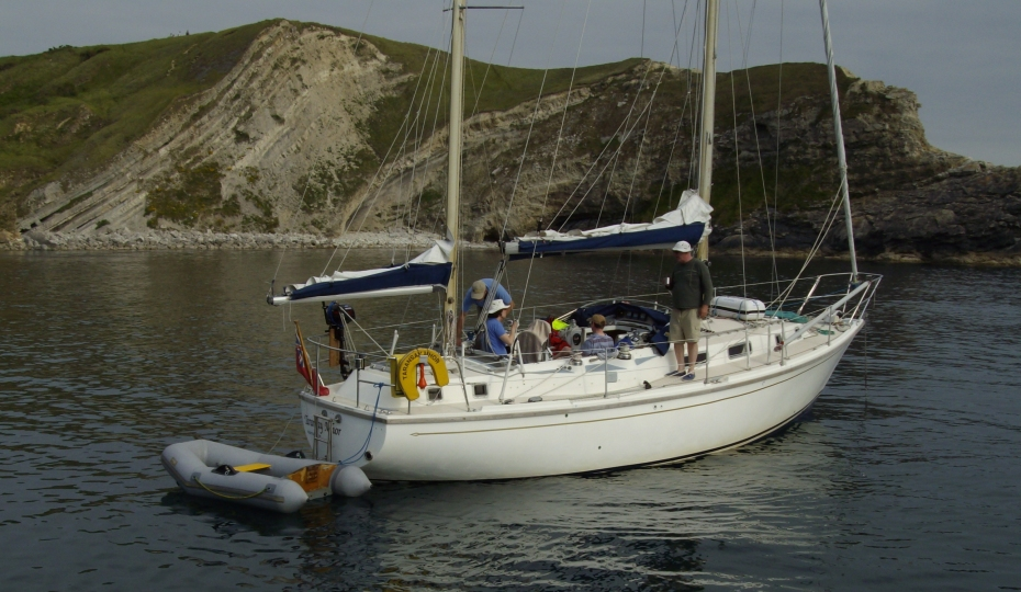 Click image for larger version  Name:Westerly Conway 36CC anchored.jpg Views:203 Size:359.1 KB ID:91366