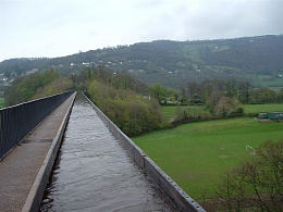 Click image for larger version  Name:2005_0423Llangollen0042 (Large).JPG Views:124 Size:101.7 KB ID:91876