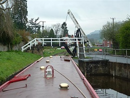 Click image for larger version  Name:2005_0423Llangollen0030 (Small).JPG Views:138 Size:65.4 KB ID:91878