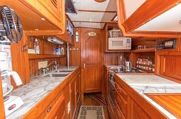 Click image for larger version  Name:Vagabond 47 Galley C4.jpg Views:81 Size:56.4 KB ID:92158
