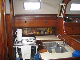 Click image for larger version  Name:06-REGGAE Galley.jpg Views:248 Size:416.0 KB ID:92607