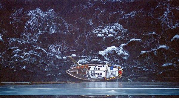 Click image for larger version  Name:USN-Vessel-gives-lee-to-45ft-sailboat-WEB.jpg Views:196 Size:81.4 KB ID:92927