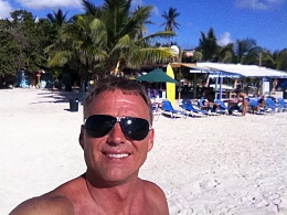 Click image for larger version  Name:stmaarten2013.jpg Views:102 Size:117.6 KB ID:93238