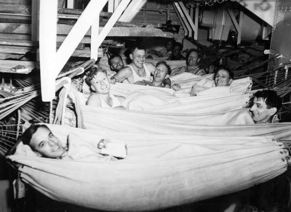 Click image for larger version  Name:Hammock Sailors in Navy.jpg Views:2140 Size:43.7 KB ID:93644