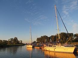 Click image for larger version  Name:wellington harbour.jpg Views:260 Size:411.5 KB ID:96160