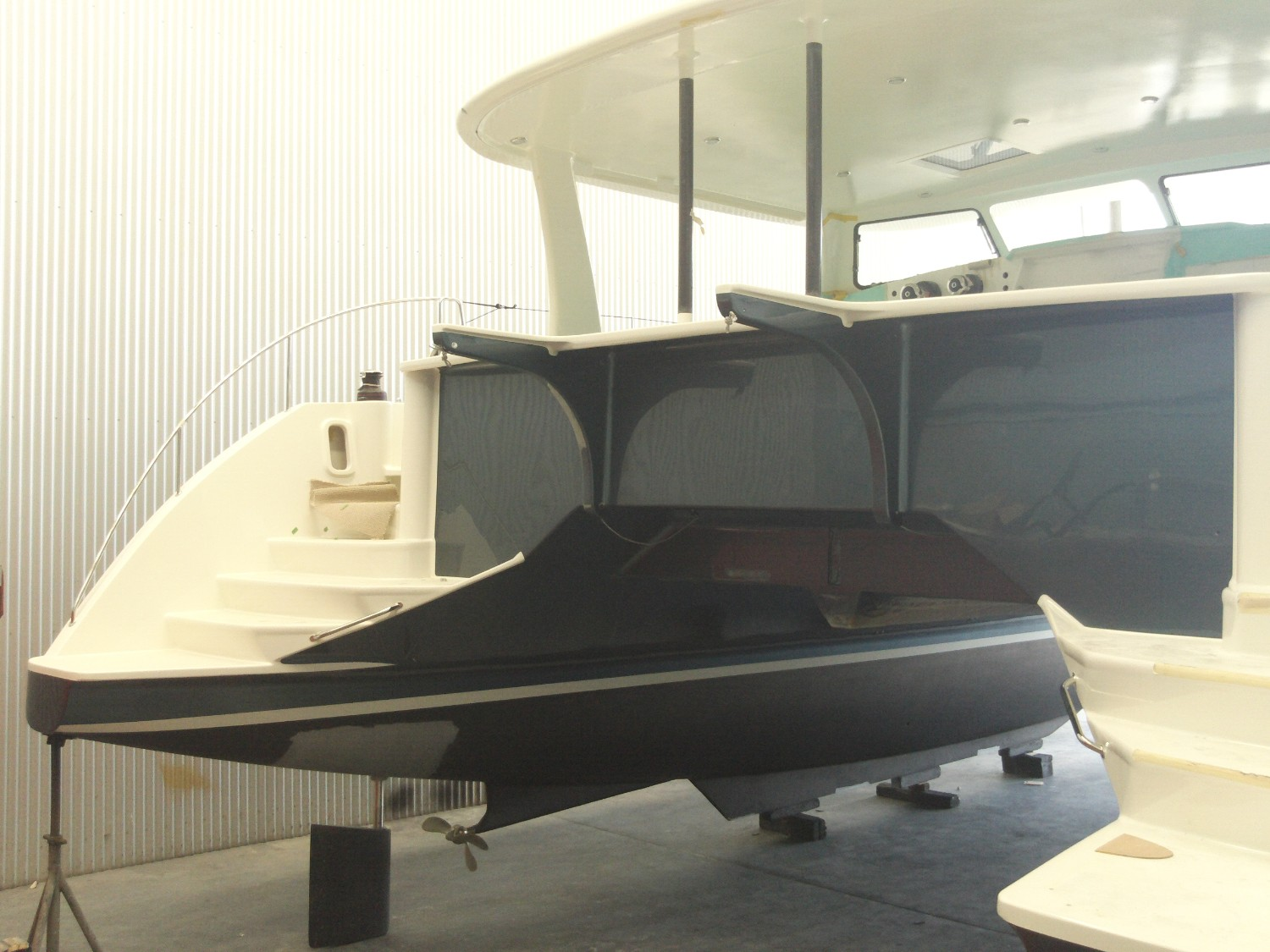 Click image for larger version  Name:FF46 stern.JPG Views:221 Size:271.8 KB ID:96547