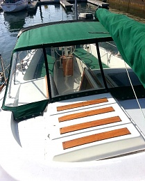 Click image for larger version  Name:Deck View Aft 4 .jpg Views:550 Size:91.4 KB ID:97595